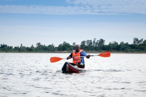 002a_paddling